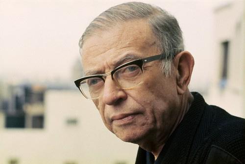 Жан-Поль Шарль Эма́р Сартр, французский писатель и философ. Лауреат Нобелевской премии по литературе 1964 года (отказался от премии).